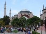 Bývalý Chrám Božží Moudrosti (Hagia Sofia) upravený na meššitu, dnes muzeum