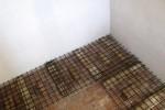 07 Nová podlaha a mříže pro kostnici (foto MH)